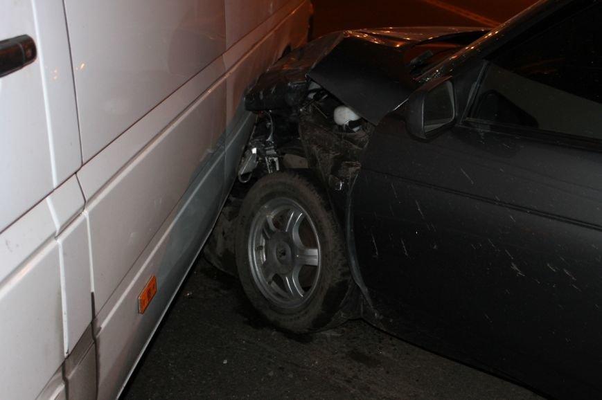 На самом аварийном перекрёстке Кривого Рога девушка разбила внедорожник и маршрутку (ФОТО), фото-8