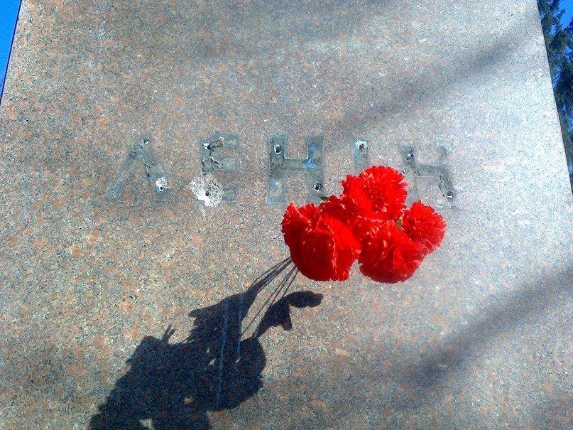 В Сумской области «Ленинопад» унес еще один памятник (ФОТО+ВИДЕО), фото-3