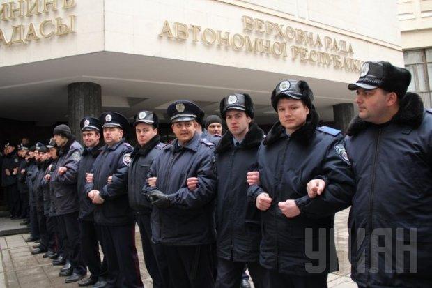 кр93423526-7167-kryim-vr-militsiya