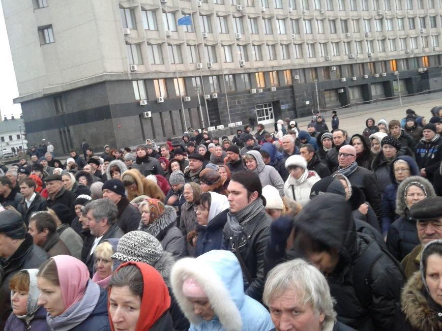 В Сумах УПЦ (МП) провела молебен и крестный ход в честь погибших на Майдане (ФОТО), фото-4
