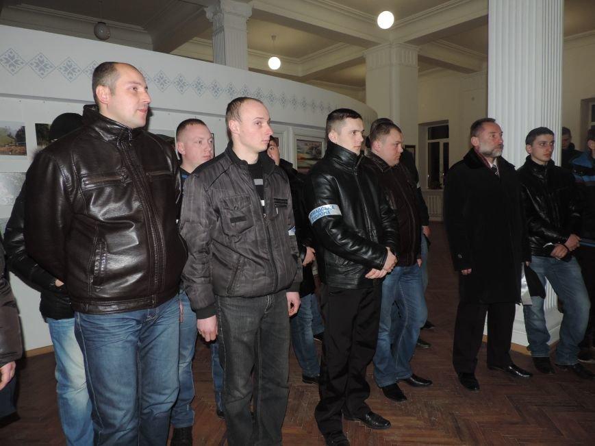 Тернопіль надалі під контролем активістів та міліції (фото, відео), фото-7