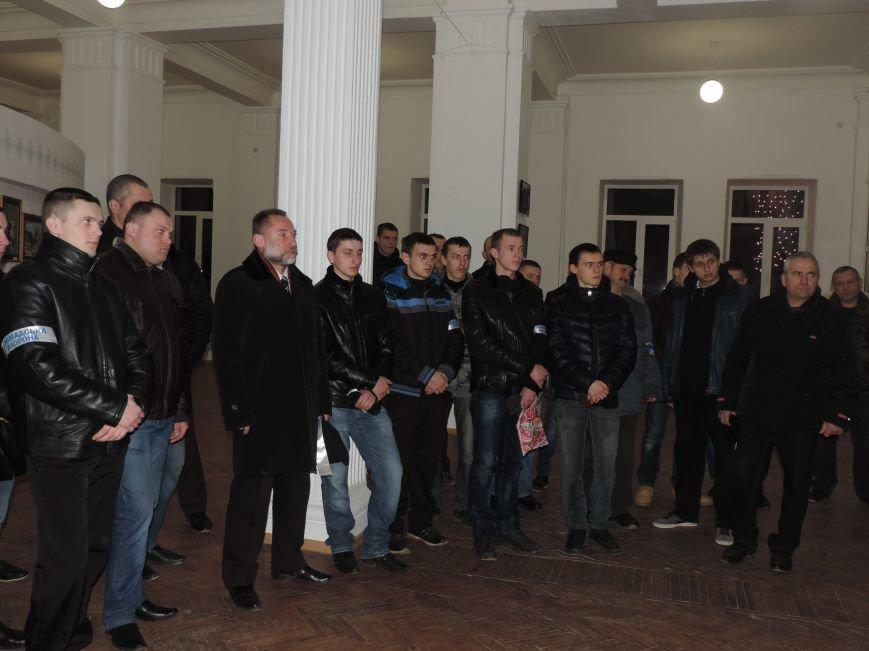 Тернопіль надалі під контролем активістів та міліції (фото, відео), фото-6