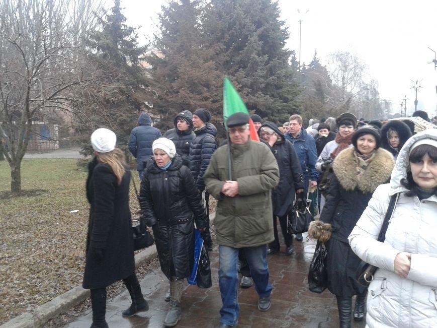 Криворожане продолжают прибывать на митинг за порядок (ФОТО), фото-1