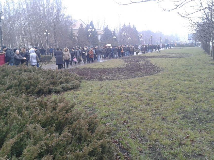Криворожане продолжают прибывать на митинг за порядок (ФОТО), фото-10