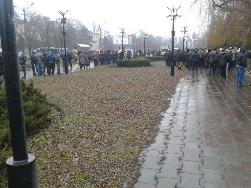Криворожане продолжают прибывать на митинг за порядок (ФОТО), фото-9