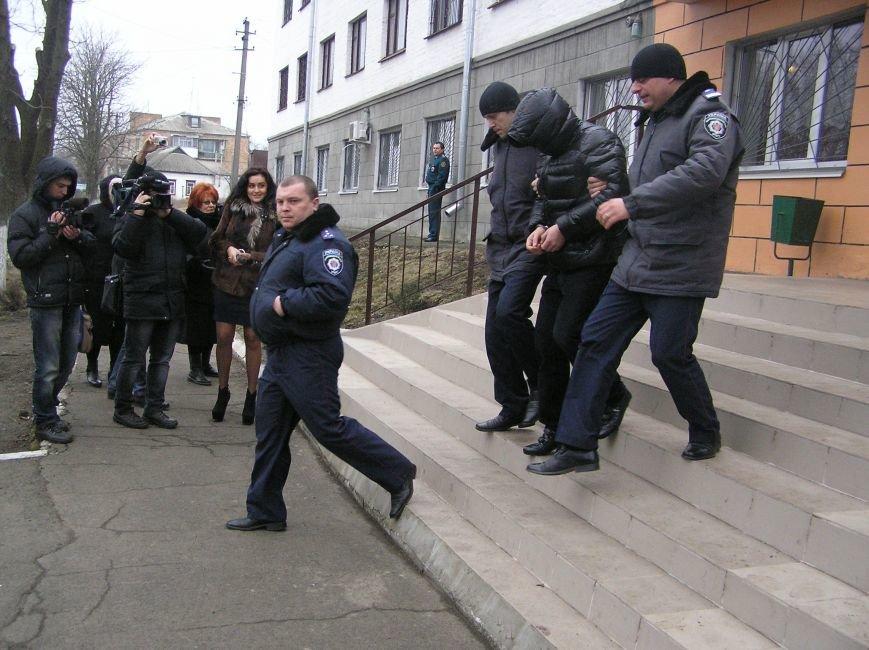 Сегодня Козельщинский районный суд Полтавской области вынес приговор по делу кременчугской «триады» (ФОТО), фото-4