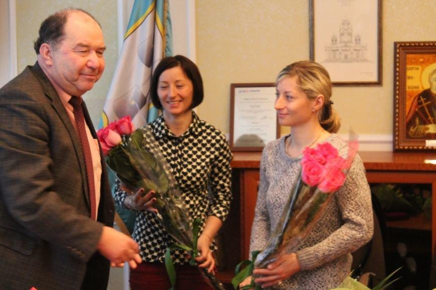 Сумским биатлонистам и.о. мэра вручил награды и пообещал подумать над вопросом выделения квартир (ФОТО), фото-6