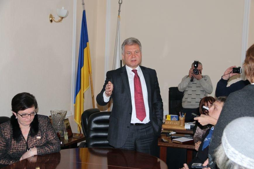 Александр Соколов пока сохранил свою должность, фото-22