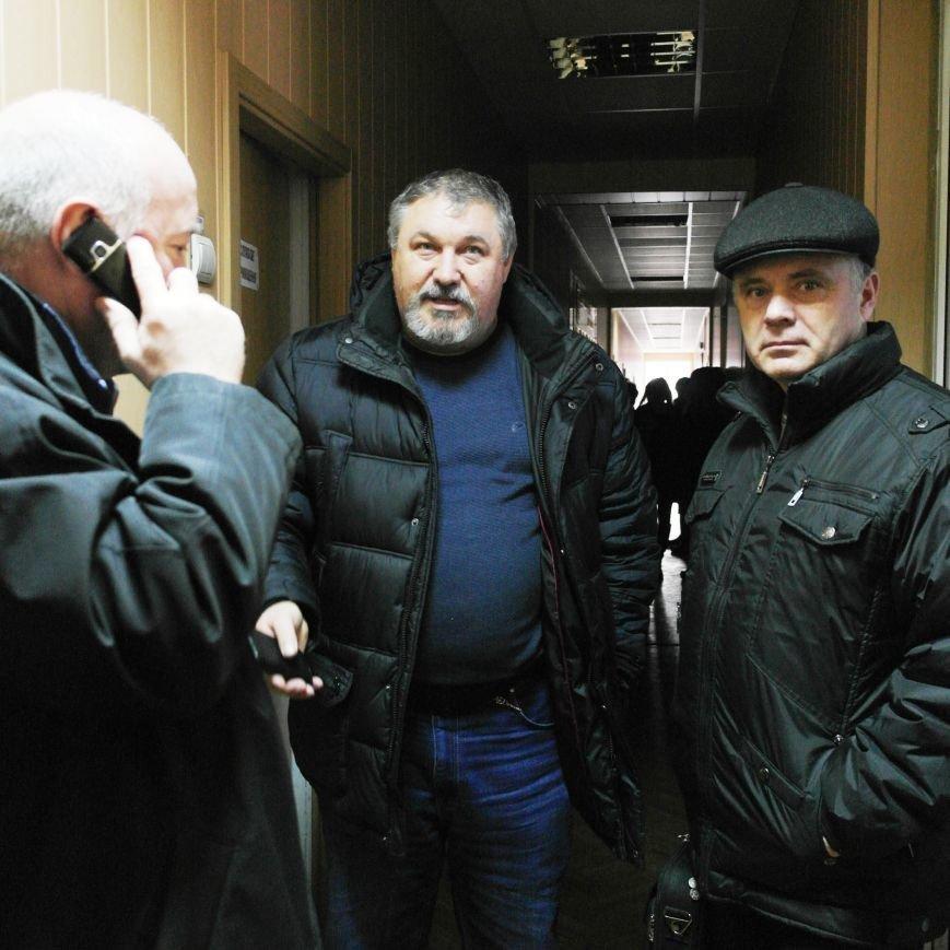 Первое заседание Народной рады провели на ступеньках Красноармейского исполкома, фото-5
