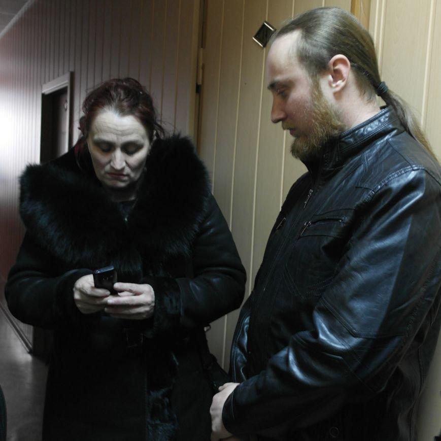 Первое заседание Народной рады провели на ступеньках Красноармейского исполкома, фото-3