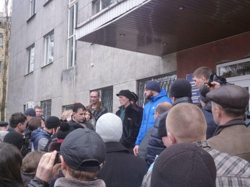 В Красноармейске  прошел митинг в поддержку Януковича. У горсовета поднят российский флаг (ФОТО), фото-9