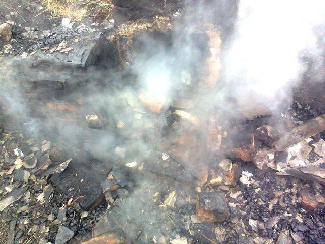В Ємільчинському районі сусіди врятували палаючий будинок, фото-4
