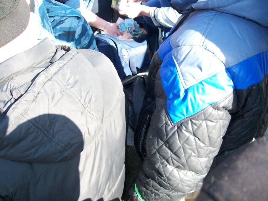 Организаторы «Русской весны» развели луганчан на деньги (ФОТО), фото-8