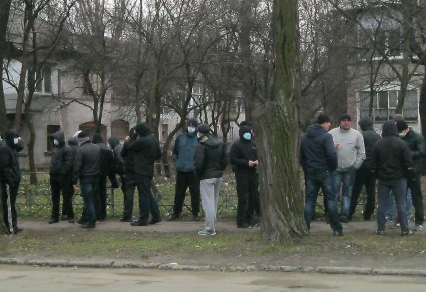 В Запорожье милиция взяла под контроль «Золотой офис» Анисимова (ФОТО), фото-4