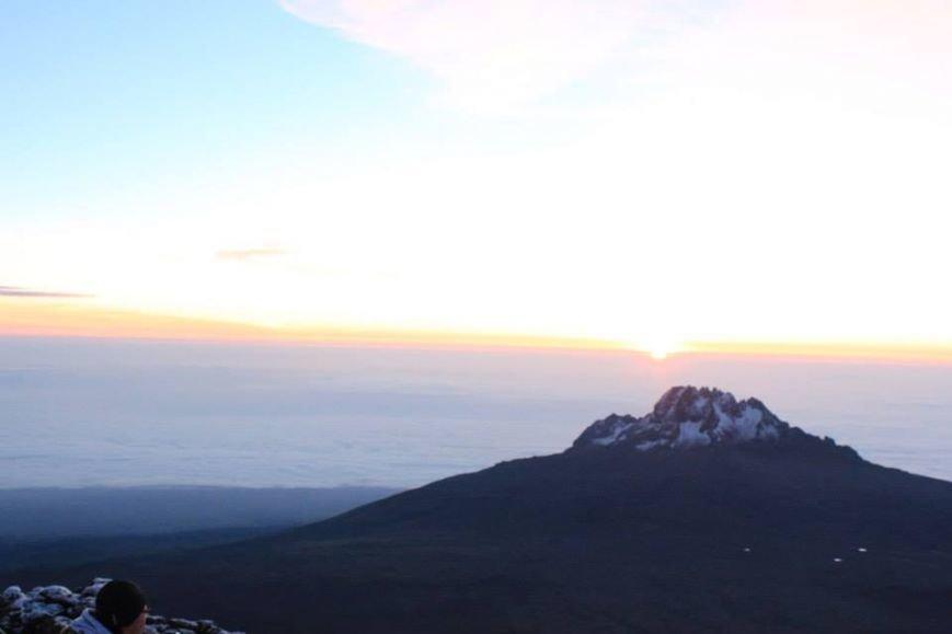 Мариупольцы забрались на вершину Килиманджаро (ФОТОРЕПОРТАЖ), фото-16