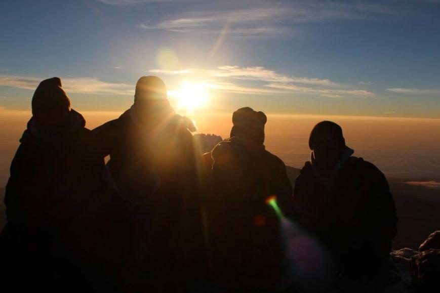 Мариупольцы забрались на вершину Килиманджаро (ФОТОРЕПОРТАЖ), фото-6