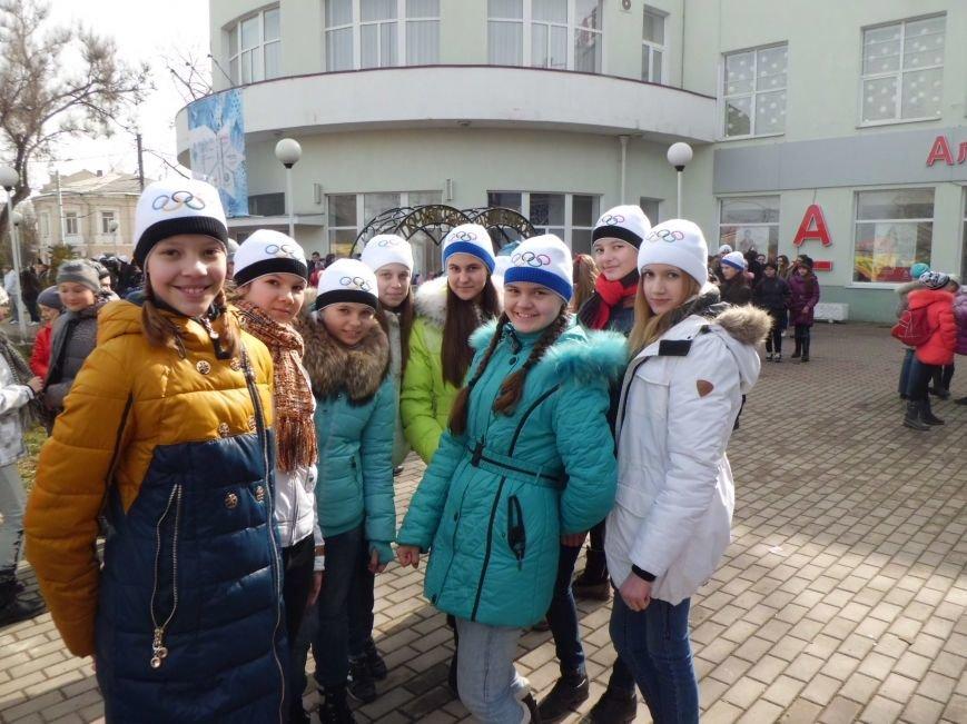 Считанные часы остаются до эстафеты Паралимпийского огня в Таганроге, город в ожидании праздника, фото-2