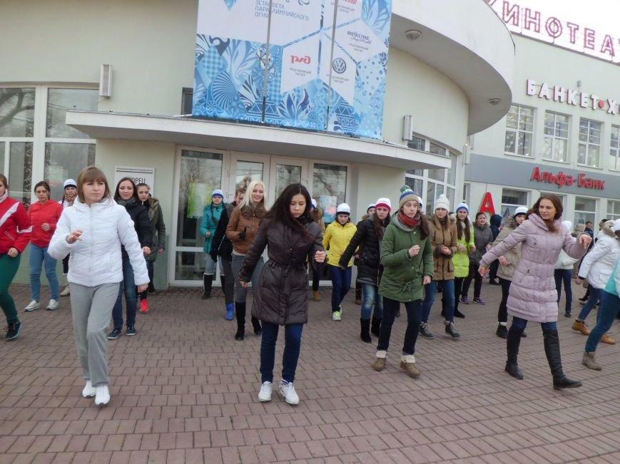 Считанные часы остаются до эстафеты Паралимпийского огня в Таганроге, город в ожидании праздника, фото-1