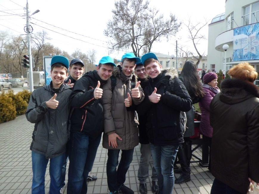 Считанные часы остаются до эстафеты Паралимпийского огня в Таганроге, город в ожидании праздника, фото-3