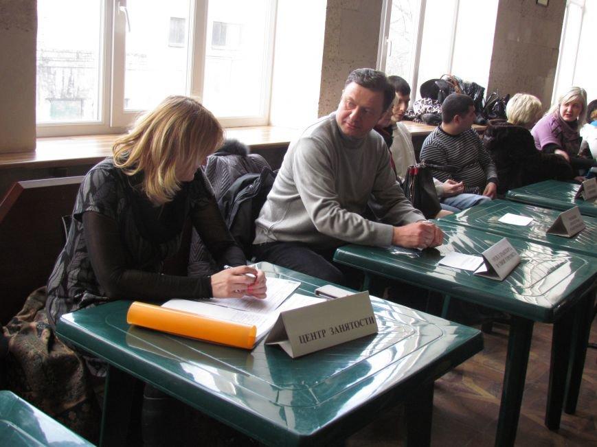 В Мариуполе жителей Приморского района волновала не политика, а транспорт, дороги и торговля (ФОТО), фото-3