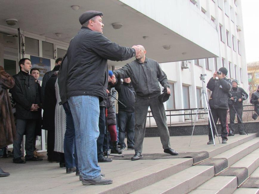 Нет войне! Под стенами  горсовета собрались сотни мариупольцев за единую Украину (ФОТО+Текст обращения+Дополнено), фото-32