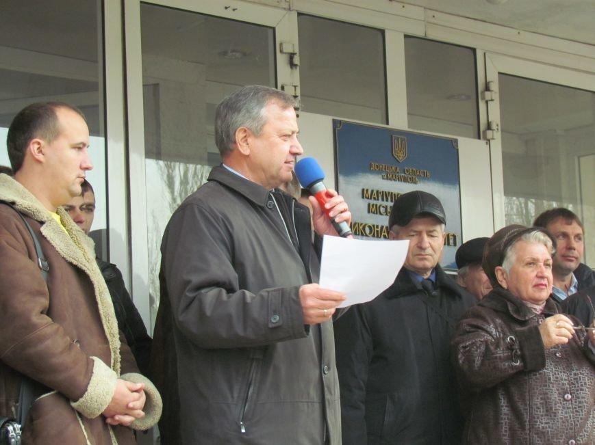 Нет войне! Под стенами  горсовета собрались сотни мариупольцев за единую Украину (ФОТО+Текст обращения+Дополнено), фото-42