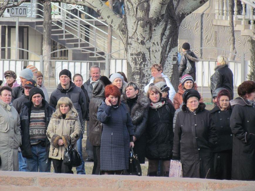 Нет войне! Под стенами  горсовета собрались сотни мариупольцев за единую Украину (ФОТО+Текст обращения+Дополнено), фото-19