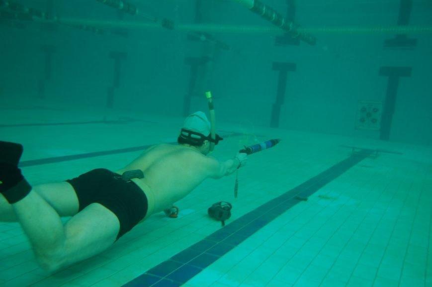 В Мариуполе подводные охотники устроили стрельбу по мишеням (ФОТО), фото-6