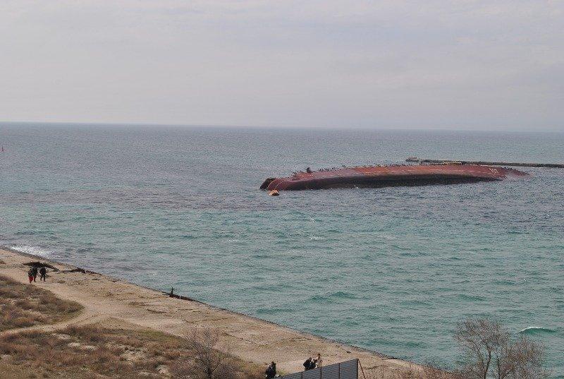 Крымские моряки рассказали,как у них на глазах топили российский корабль (ФОТО), фото-2