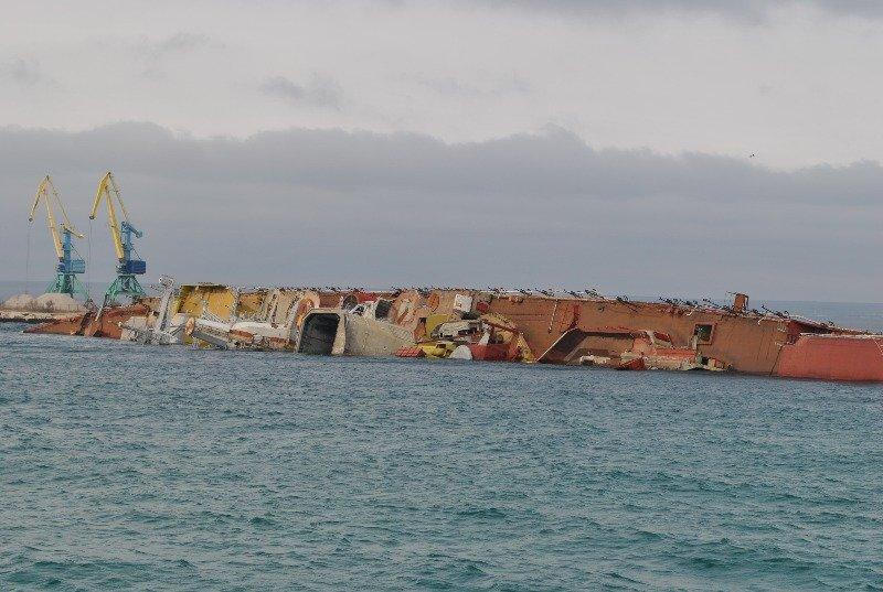 Крымские моряки рассказали,как у них на глазах топили российский корабль (ФОТО), фото-6