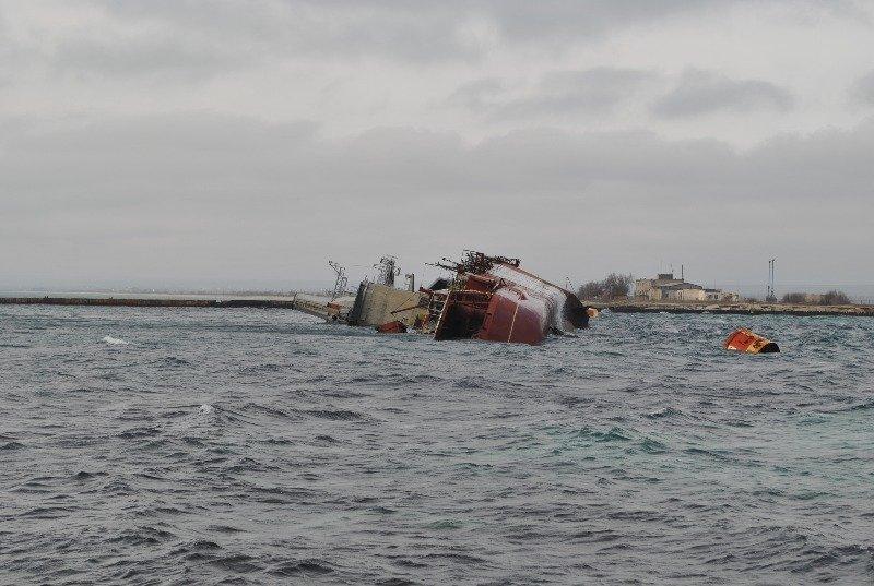 Крымские моряки рассказали,как у них на глазах топили российский корабль (ФОТО), фото-4