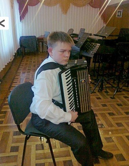 Воспитанники Артемовской школы искусств привезли награды с Всеукраинского конкурса «Провесень», фото-2