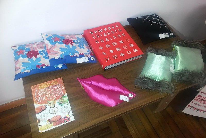 В Мариуполе открылась выставка подушек (ФОТО), фото-4