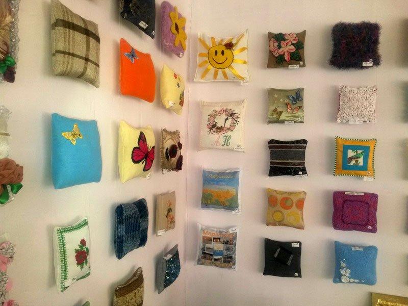 В Мариуполе открылась выставка подушек (ФОТО), фото-7