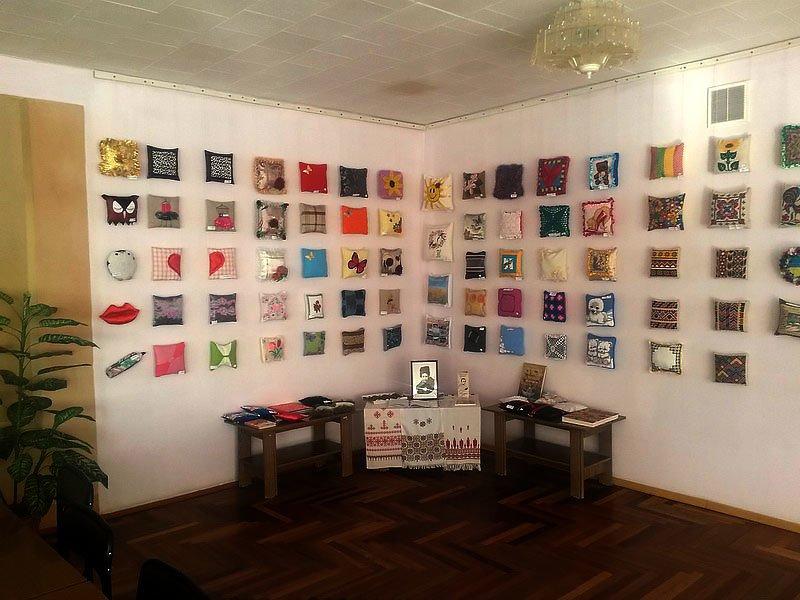 В Мариуполе открылась выставка подушек (ФОТО), фото-9