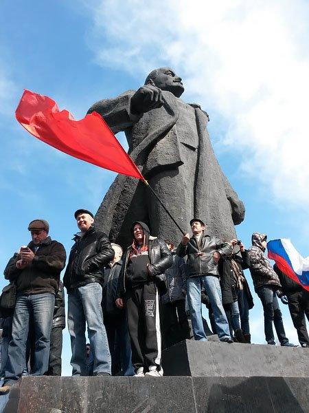 Антифашистский митинг в Мариуполе 8 марта (фото), фото-23