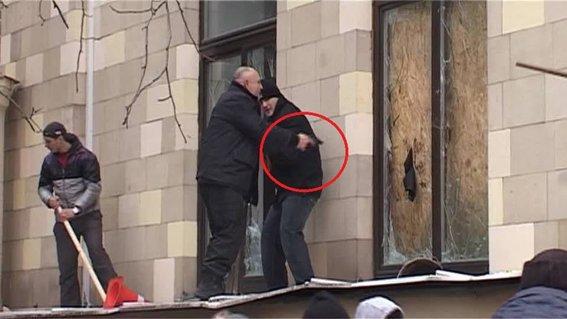 Харьковская милиция разыскивает «освободителей» здания обладминистрации, вооруженных пистолетами (ФОТО), фото-25