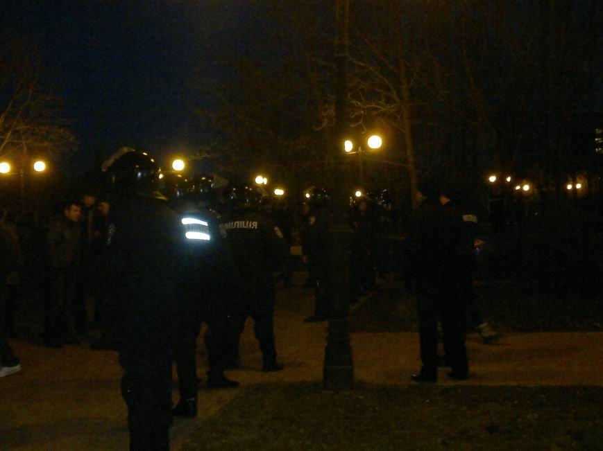 В Луганске вечерние митинги за Россию и за Украину обошлись без драк и провокаций, фото-4