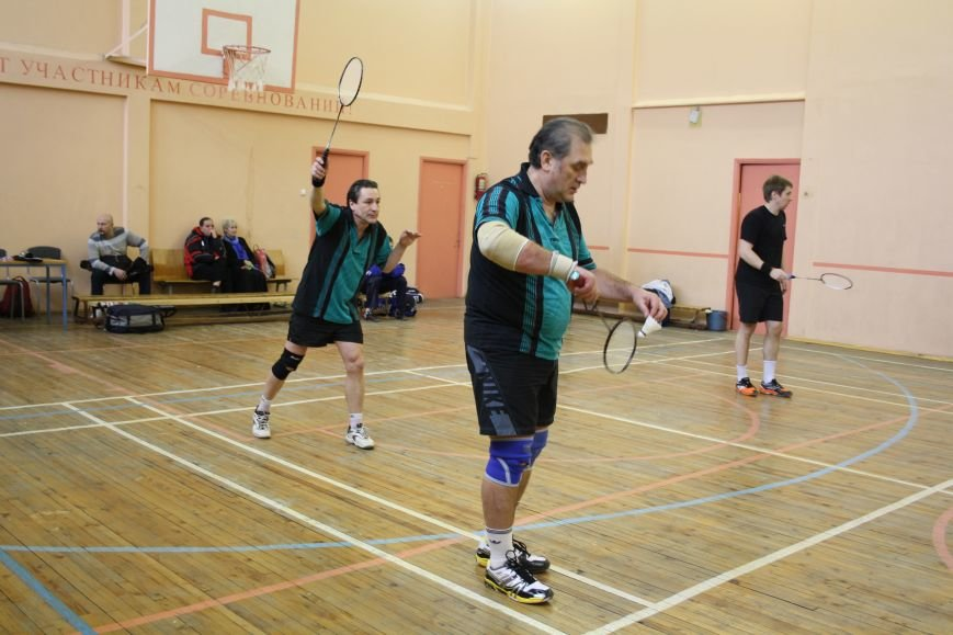 турнир по бадминтону в школе 552 города Пушкин