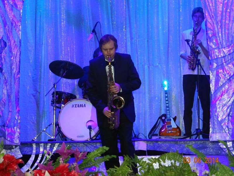 В Лабинске для женщин организовали праздничный концерт. (фото) - фото 1