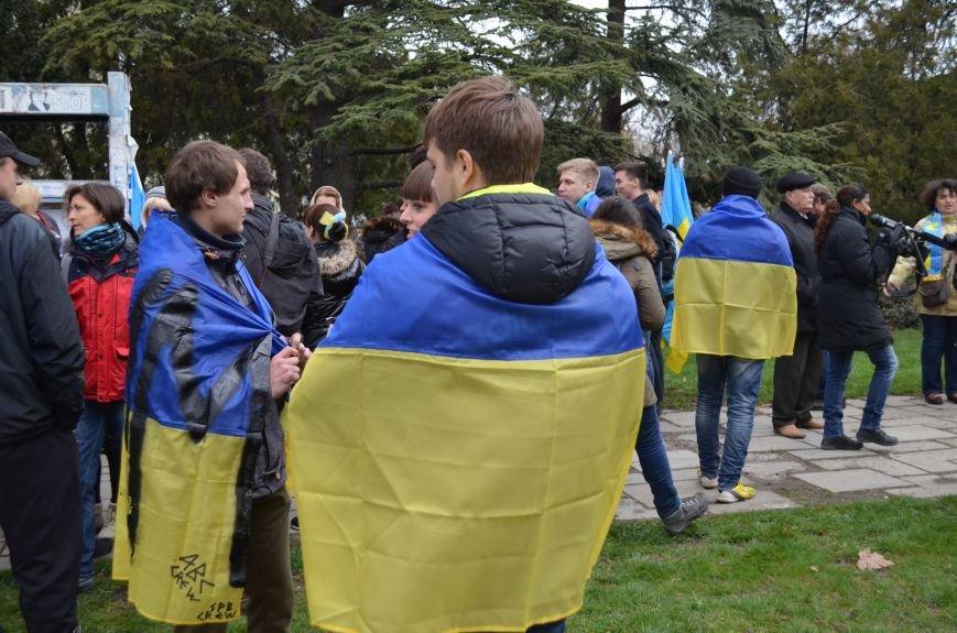 Крымские женщины призвали Путина подарить им мир (ФОТО, ВИДЕО), фото-24