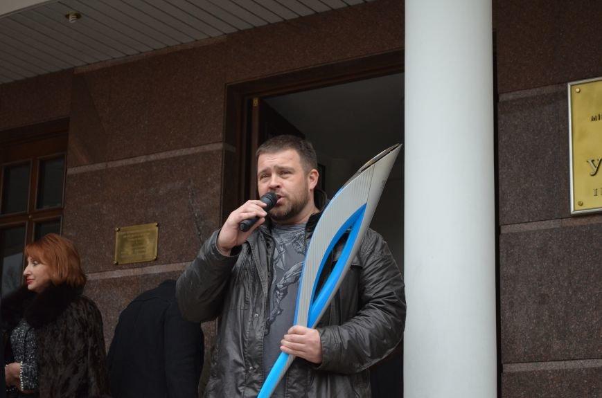 В Симферополь привезли Паралимпийский огонь: Увидеть могут все желающие (ФОТО), фото-1