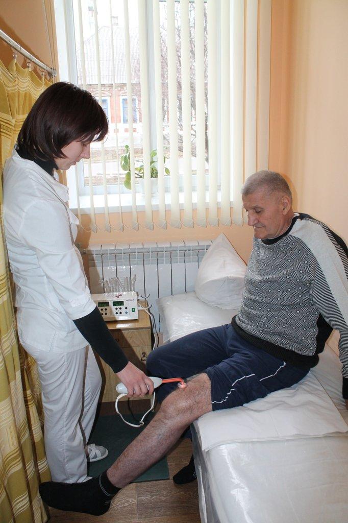 Артемовскому отделению физиотерапии подарили новое оборудование, фото-2