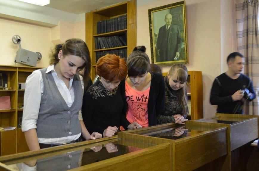 В Симферополе впервые выставили указы Потемкина и автографы Каховского (ФОТО), фото-7