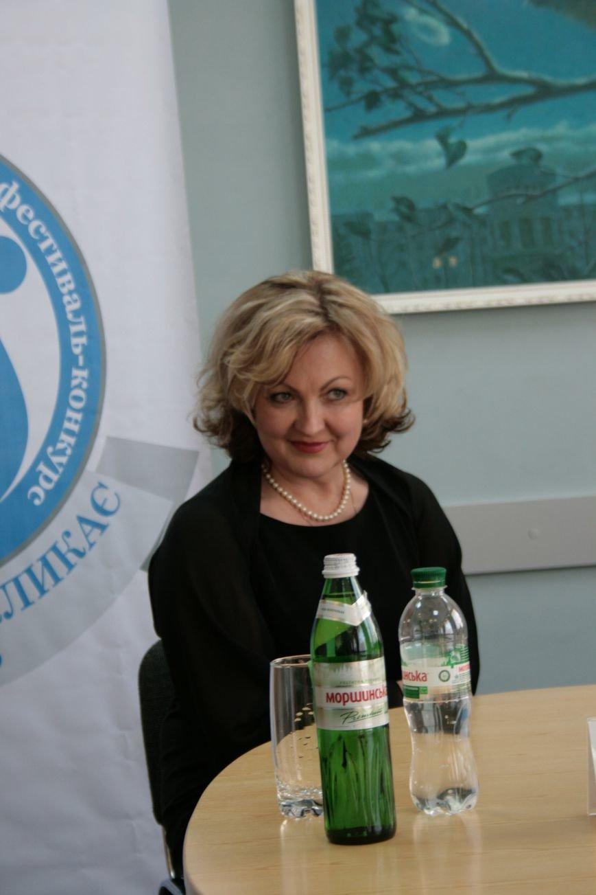 В Луганском университете наградили победителей вокального фестиваля, фото-2