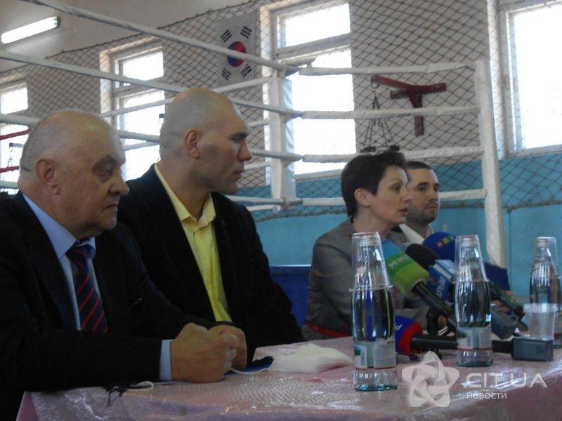 Валуев встретился в Симферополе с юными боксерами (ФОТО), фото-3