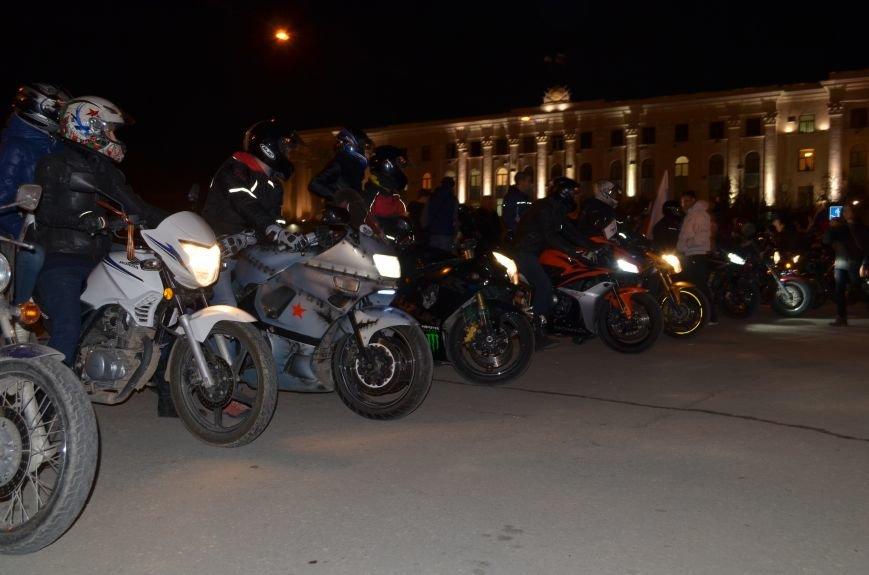 В Симферополе стартовал мотопробег байкеров в поддержку политики России (ФОТО, ВИДЕО), фото-3
