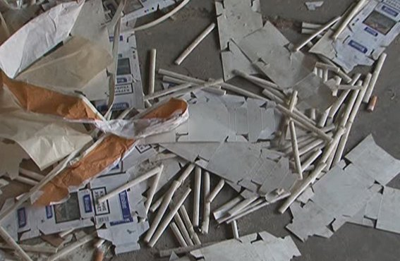 На окраине Луганска в подпольном цехе производили контрафактные сигареты (ФОТО), фото-4