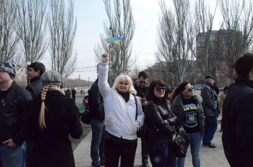 В Мариуполе представители пророссийского движения разогнали митинг за единую Украину (ФОТО+ВИДЕО), фото-9
