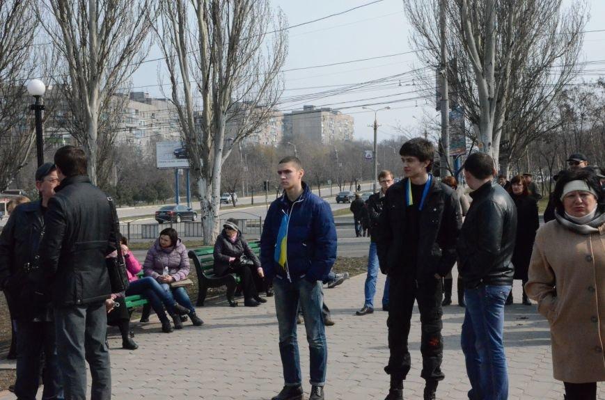 В Мариуполе представители пророссийского движения разогнали митинг за единую Украину (ФОТО+ВИДЕО), фото-7